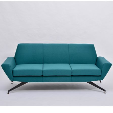 Reupholstered-Italian-Mid-Century-Modern-sofa-with-Metal-base-by-Lenzi