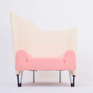 Reupholstered-Torso-lounge-chair-designed-by-Paolo-Deganello